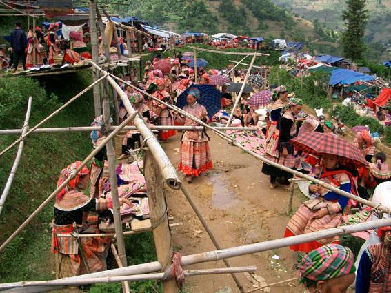 Sapa Can Cau Market Vietnam