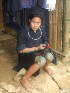 black hmong in cat cat