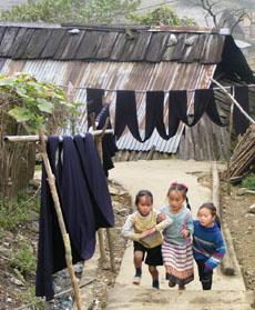 children in cat cat village