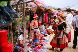 Coc Ly Market Vietnam