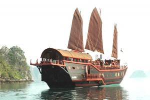 reddragon Cruises Photo