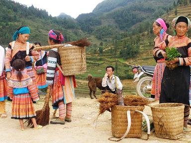 Cao son market lao cai