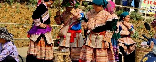 Phong Hai market tour