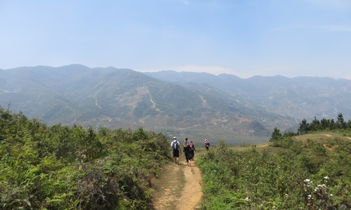trekking sapa to red-dzao village
