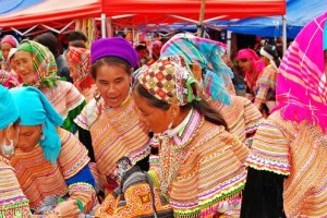Sapa Bac Ha sunday market, sapa travel