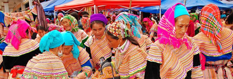 Sapa Bac Ha sunday market, sapa travel