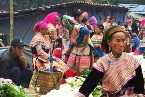sapa lungkhau market