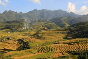 trek to Ta Phin- Sapa