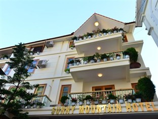 Outside of Sunny Mountain hotel