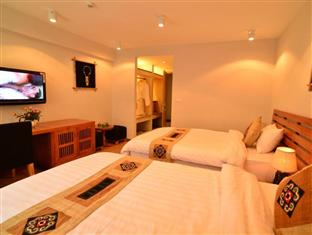 Sunny Mountain Deluxe rooms