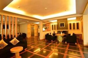 Sunny Mountain Hotel Lobby