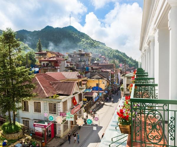 U_Sapa Exterior Town