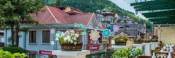 What are the new hotels in Sapa
