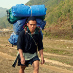 How many porters for the trek to Fansipan